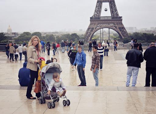Mon Petit Violon   Paris Holiday