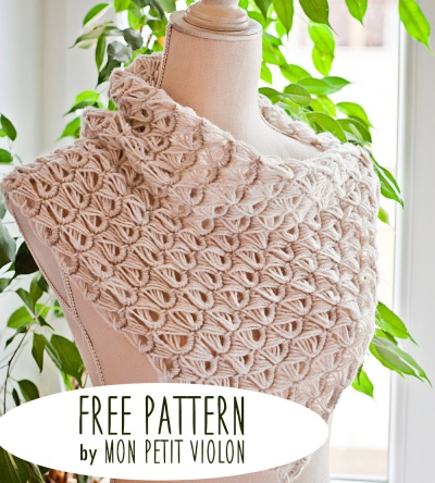 Free-pattern-Broomstick-Lace-Cowl